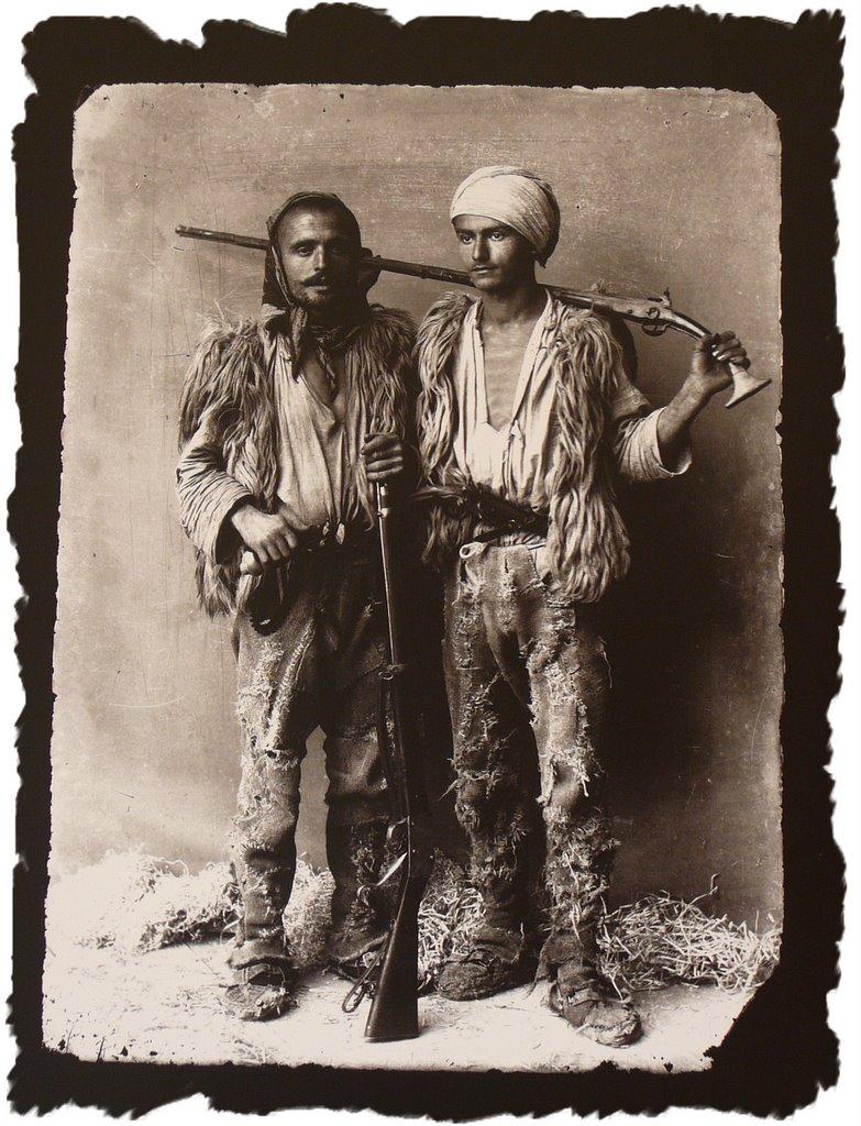Fotografi Te Vjetra Historike Shqiptare! Hunters%201