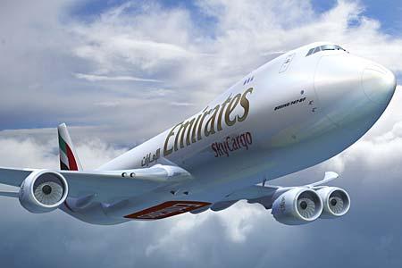 die luftfahrt emirates ordert zehn boeing 747 8 frachter. Black Bedroom Furniture Sets. Home Design Ideas