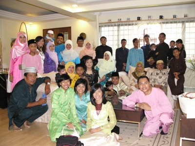 Whole Family at My Home on Hari Raya 2005