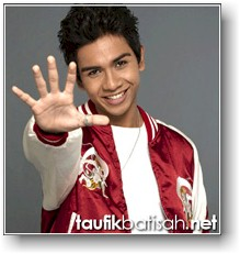Singapore Idol 2005 Winner - Taufik Batisa