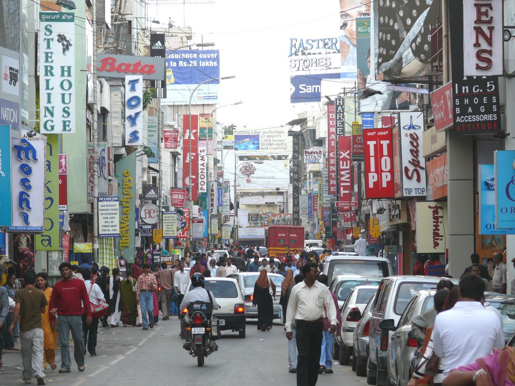 appropriately named Commercial Street a popular place for