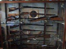 mijn wapen vitrine in de kamer