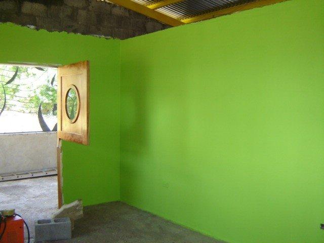 green living room--just 2 walls