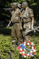Vietnam Memorial. U.S. Navy photo by Journalist 1st Class Kristin Fitzsimmons (RELEASED)
