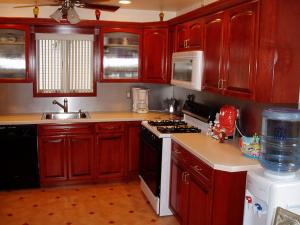 Dise o de mueble e interiores for Disenos de muebles para cocina en madera