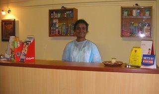 Receptionist at Dental Clinic