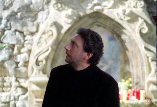 Sergio Castellitto è Franco Elica in Il regista di Matrimoni