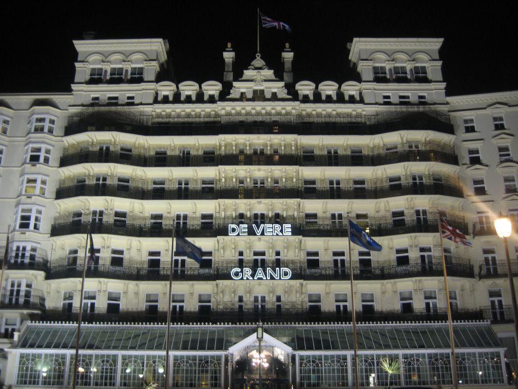 Brighton casino opening hours