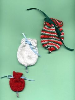 Free Knitting Pattern Gift Bag : KNITTED GIFT BAGS PATTERNS Free Knitting and Crochet ...