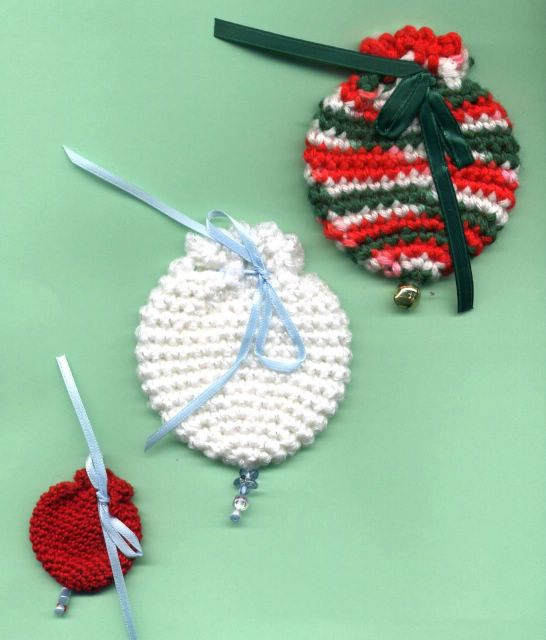 Free Crochet Pattern For Gift Bags : Crochet Patterns Only: 14 December 2005