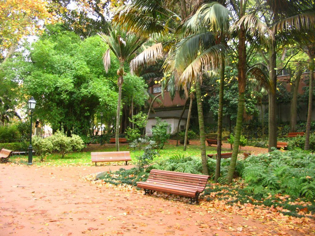 banco de jardim lisboa : banco de jardim lisboa:Viver na Alta de Lisboa: Jardim da Estrela