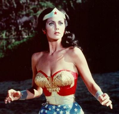 una de mis series de tv favoritas de cuando era niña wonder woman