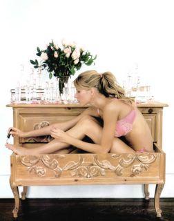 Gisele Bundchen-pink lingerie