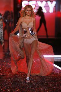 Hana Soupkova in lingerie at the Victorias Secret Fashion Show