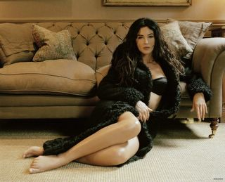 Monica Bellucci in lingerie