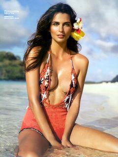 Sports Illustrated - Fernanda Motta