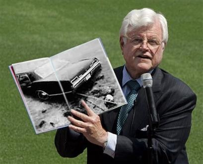 Ted Kennedy, crazed lush