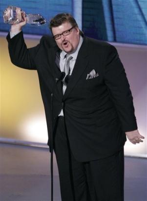 Lying crapsack Michael Moore