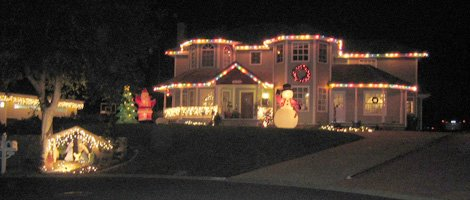 Christmas Lights in ... Drive