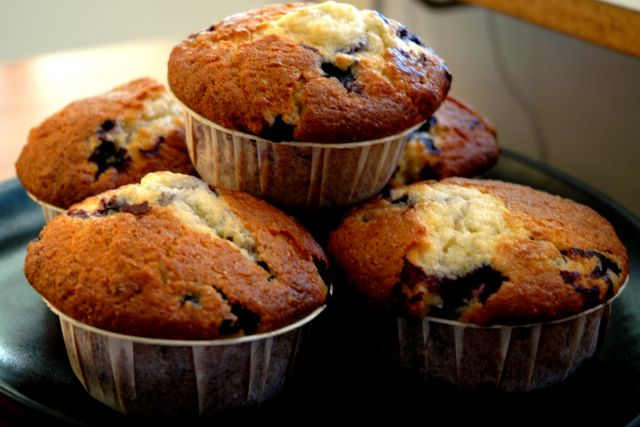 Anne's Food: Blueberry-Lime Muffins