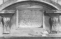 Epígrafe de la Porta Aurea