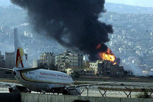 foto AP, publicada en 'El Mundo' (14/7/2006)