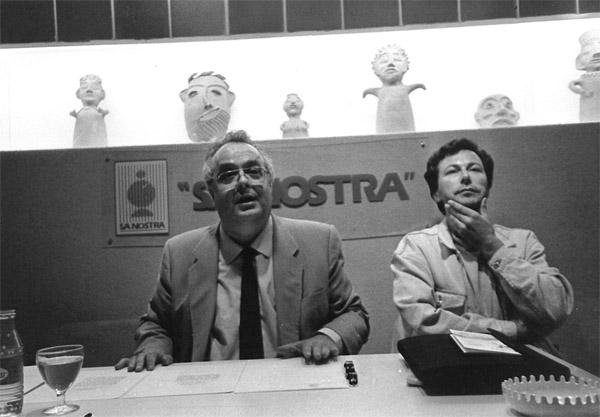 J. Barral divulgando sus traducciones de Idrîs (mayo 1987)