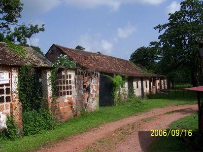 Le village de la poterie aux Trois-Ilets dans La vie en Martinique 6.09.06%20097