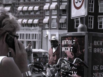 Die Moritat von Mackie Messer; ©Dreaming in Neon 2006