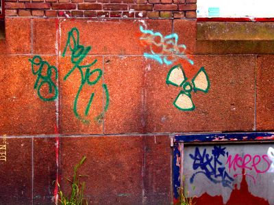 depleted uranium wall; ©Dreaming in Neon 2006