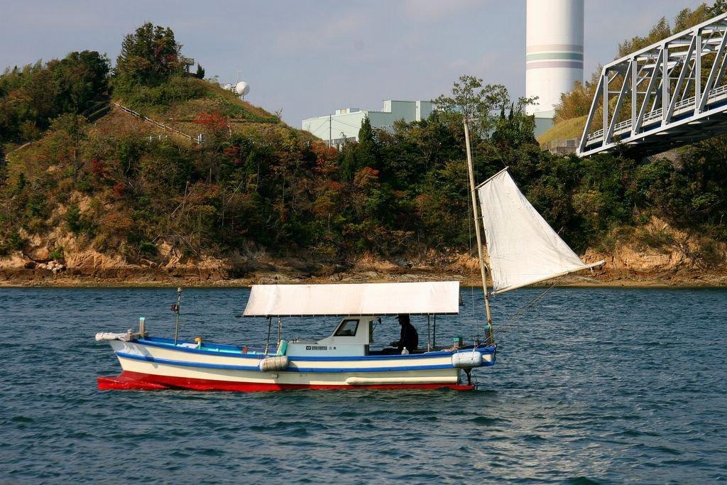 Ben in japan 10 30 05 11 6 05 for Japanese fishing boat