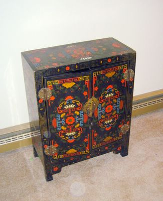 lacquer chest