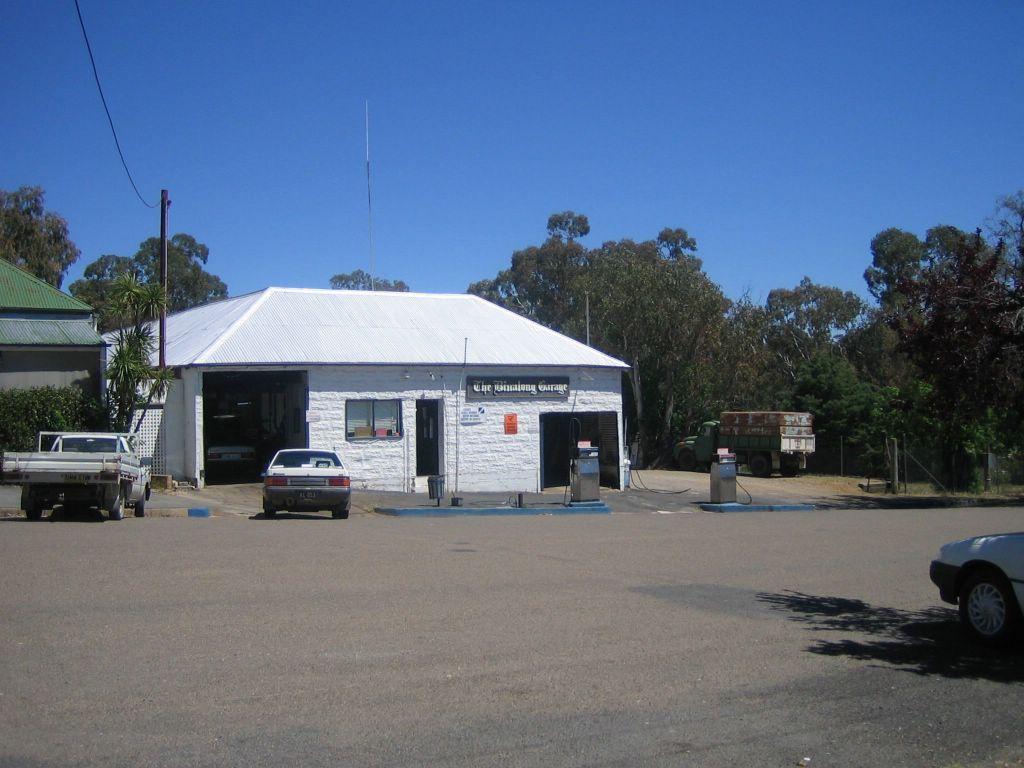 shady hills feed store