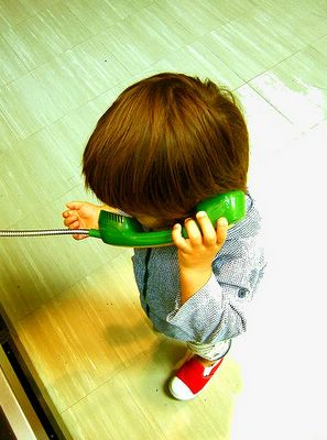 El teléfono supuso una revolución en las comunicaciones. Hoy esa revolución se llama blogosfera y supone la posibilidad de participar en una conversación mundial