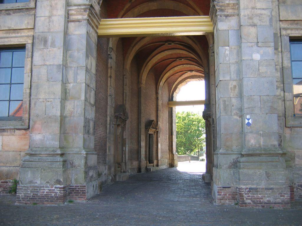 http://photos1.blogger.com/hello/77/1912/1024/IMG_7239.jpg
