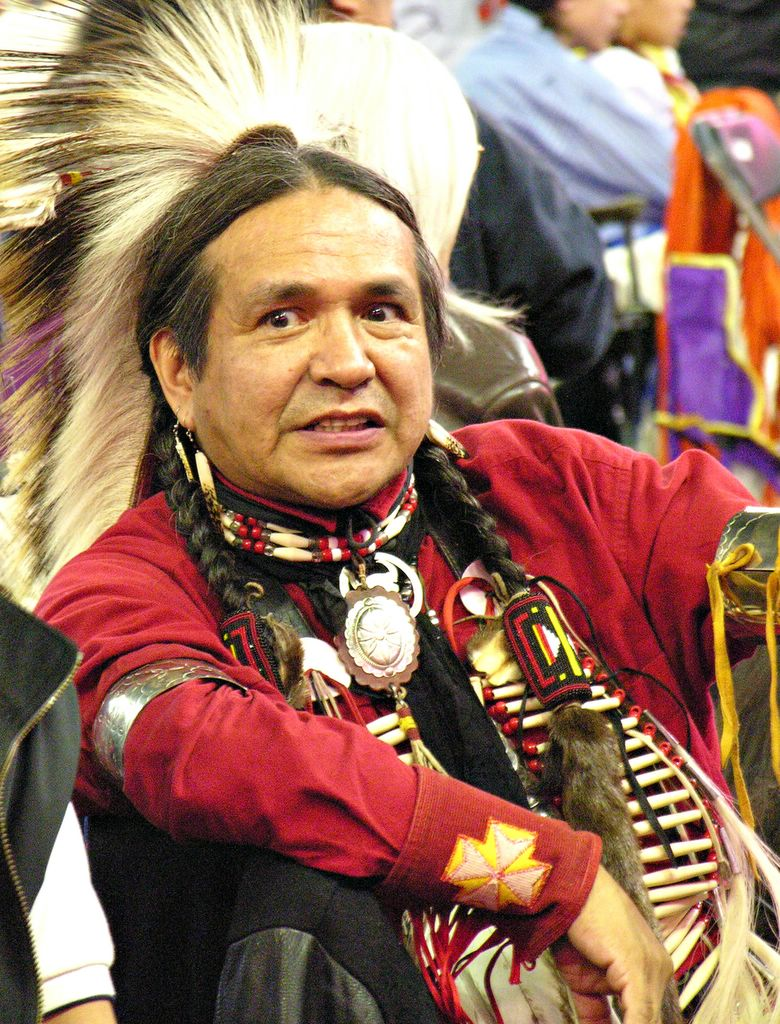 how to say hello in aboriginal canadian