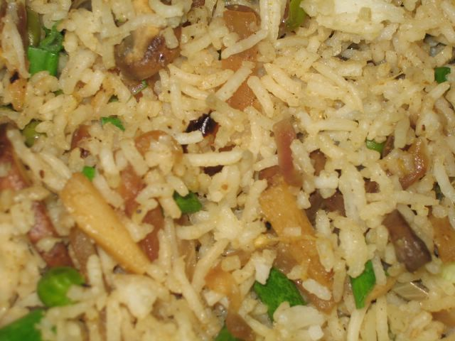 how to cook mushroom rice in a rice cooker