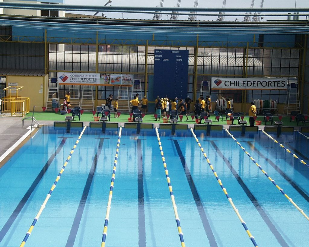 Piscina ol mpica de antofagasta for Metros piscina olimpica