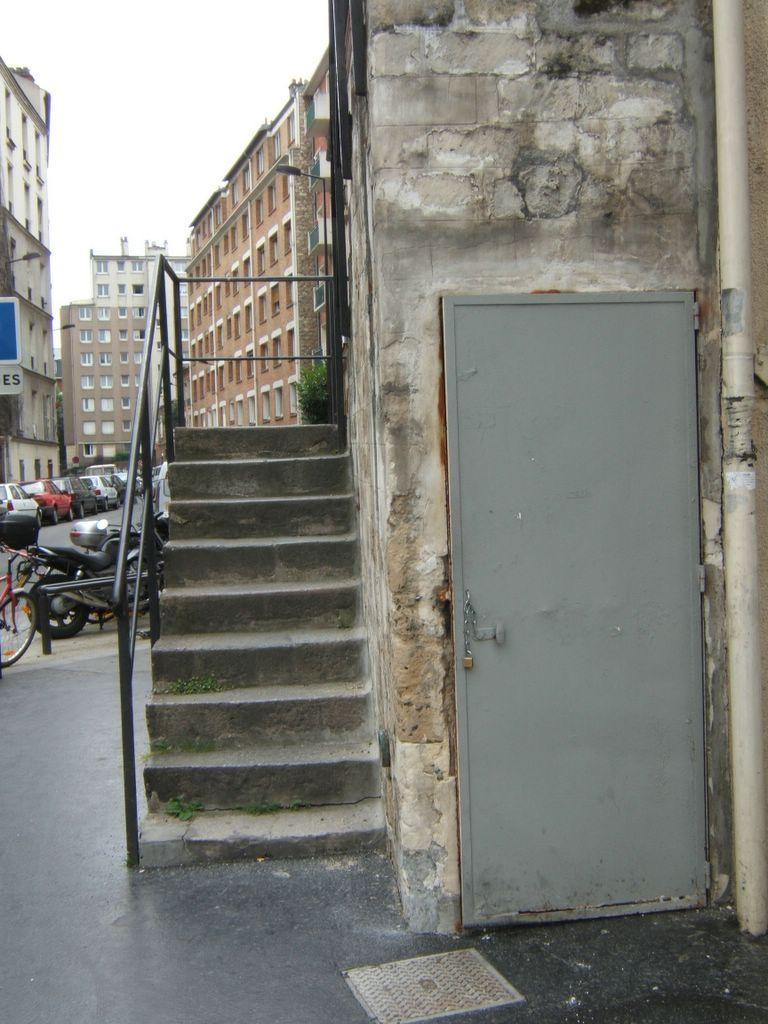 Changer une porte d'entree maison