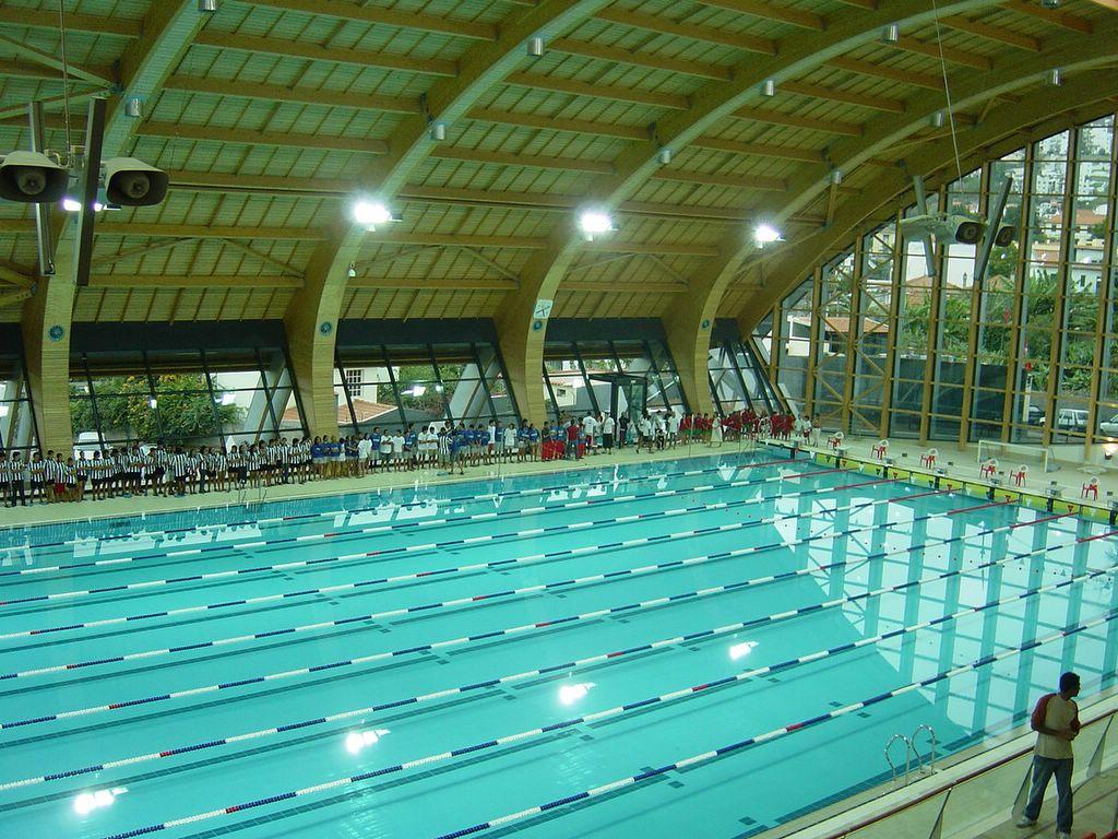 Nata o em aveiro mais sobre a piscina em si for Piscina 50 metros sevilla