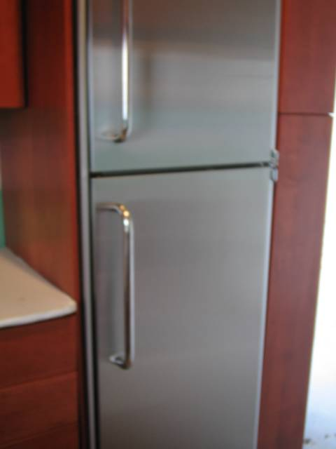 pretty small refrigerator of course the kitchen was pretty tiny also