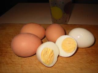 how to cook boiled eggs straight in boiling