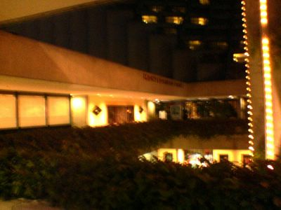 photograph picture of the Monte Cristo Cafe in Embarcadero Center San Francisco. Filed under Restaurant Review