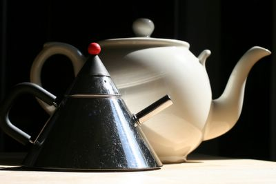 photograph picture of my two favourite teapots which I brought with me to America from the UK