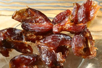 photograph picture of some sticky medjool dates