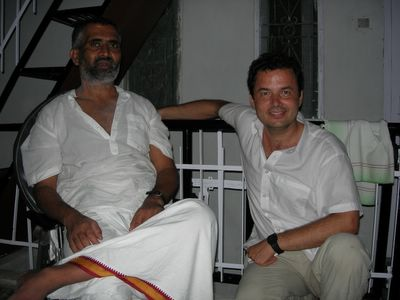 Con Swami Rudradev