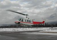 Alpine Helicopters Flight to Cat Skiing at Chatter Creek
