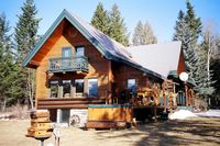 Secluded Guest House Retreat in Golden BC