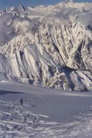 Powder Skiing in sight of twisted strata in the Sullivan Fault
