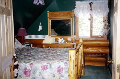More Rustic Wood Furniture at the Kicking Horse Canyon B&B